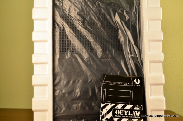 bitfenix outlaw unboxing 1