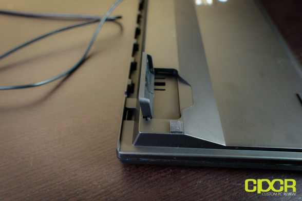custom pc review azio levetron clicker review 8