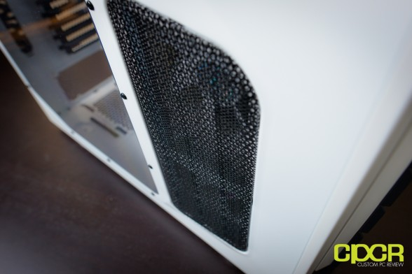 custom pc review cm storm stryker review 14