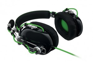 razer-blackshark-gaming-headset-1