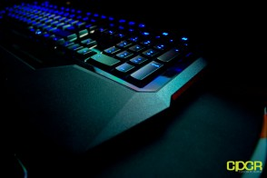 roccat isku custom pc review 2
