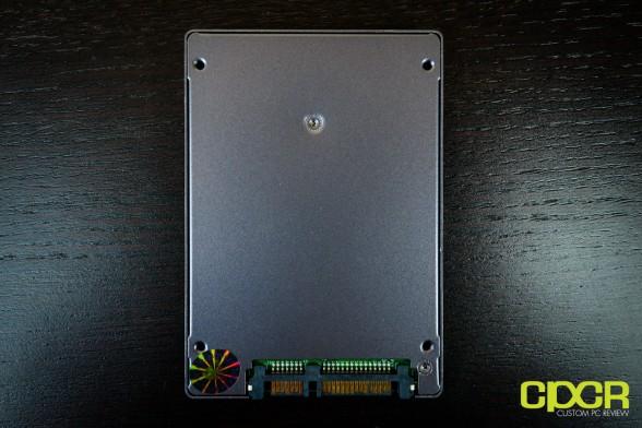 corsair neutron gtx 120gb ssd custom pc review 5