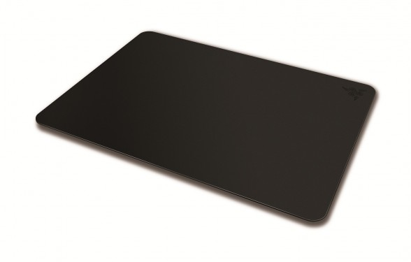 razer manticor gaming mousepad angle