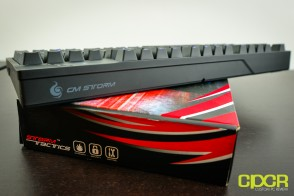cm-storm-quickfire-tk-custom-pc-review-17
