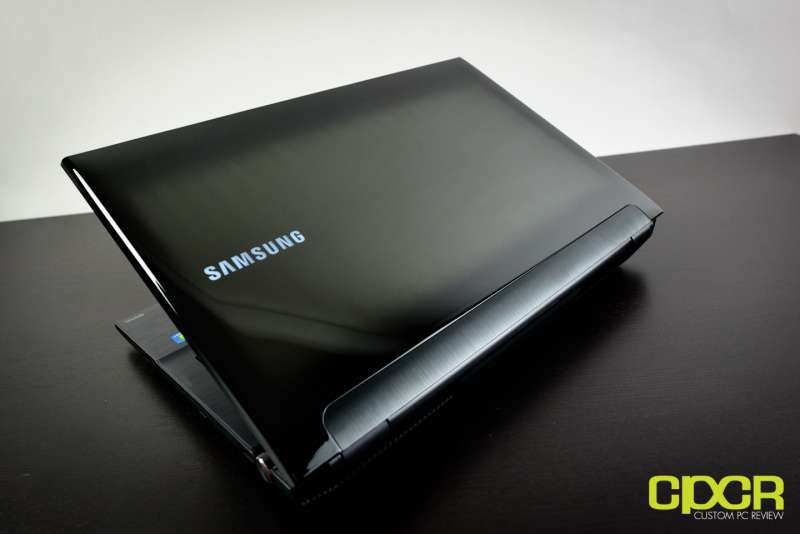 Samsung Series 7 Gamer NP700G7C S01 Gaming Notebook