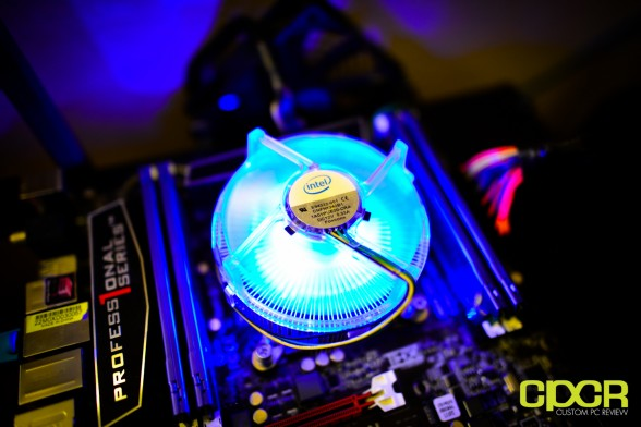 intel-stock-cooler-lga-2011-custom-pc-review-1