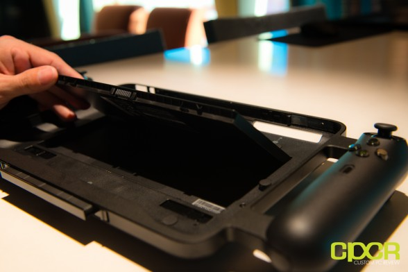 razer-edge-gaming-tablet-ces-2013-custom-pc-review-10