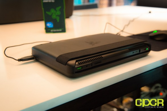 razer-edge-gaming-tablet-ces-2013-custom-pc-review-9
