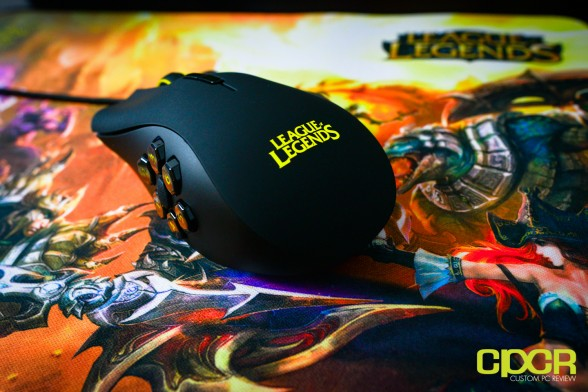 razer-naga-hex-goliathus-league-legends-gaming-peripherals-custom-pc-review-20