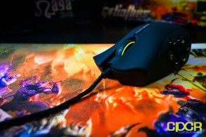razer-naga-hex-goliathus-league-legends-gaming-peripherals-custom-pc-review-22