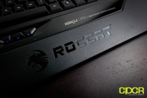 roccat-isku-fx-gaming-keyboard-custom-pc-review-15