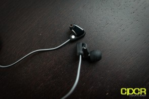 steelseries-flux-in-ear-pro-custom-pc-review-5