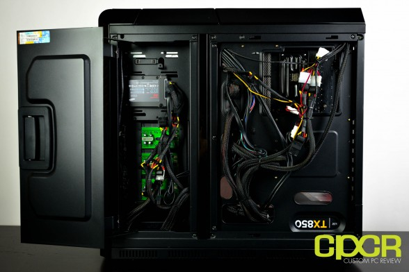cyberpowerpc-zeus-evo-lightning-2000-se-custom-pc-review-12
