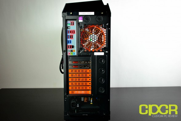 cyberpowerpc-zeus-evo-lightning-2000-se-custom-pc-review-13
