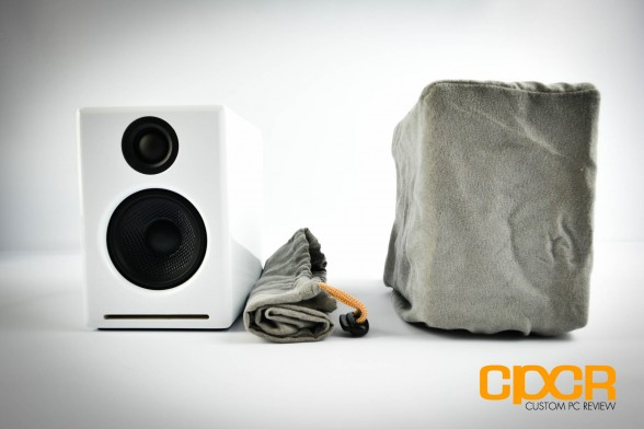 audioengine-2-plus-powered-desktop-speakers-custom-pc-review-3