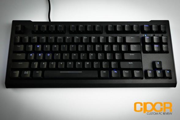 max-keyboard-blackbird-tenkeyless-mechanical-gaming-keyboard-custom-pc-review-17
