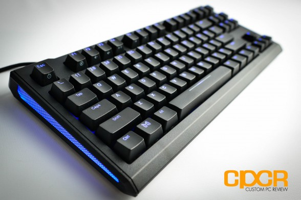 max-keyboard-blackbird-tenkeyless-mechanical-gaming-keyboard-custom-pc-review-22