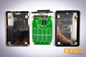 adata-se720-128gb-external-ssd-review-custom-pc-review-11