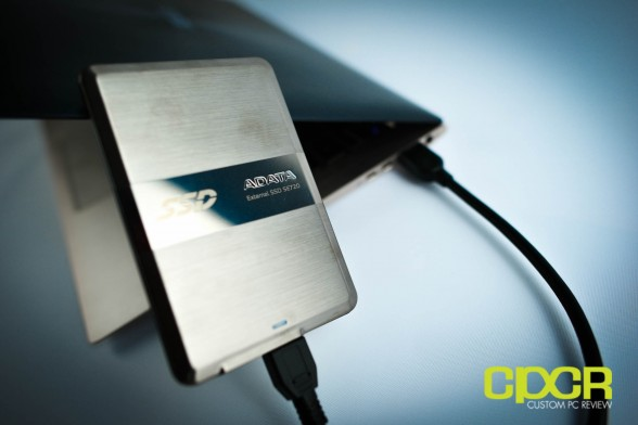 adata-se720-128gb-external-ssd-review-custom-pc-review-16
