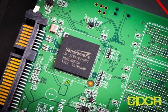 adata-se720-128gb-external-ssd-review-custom-pc-review-18