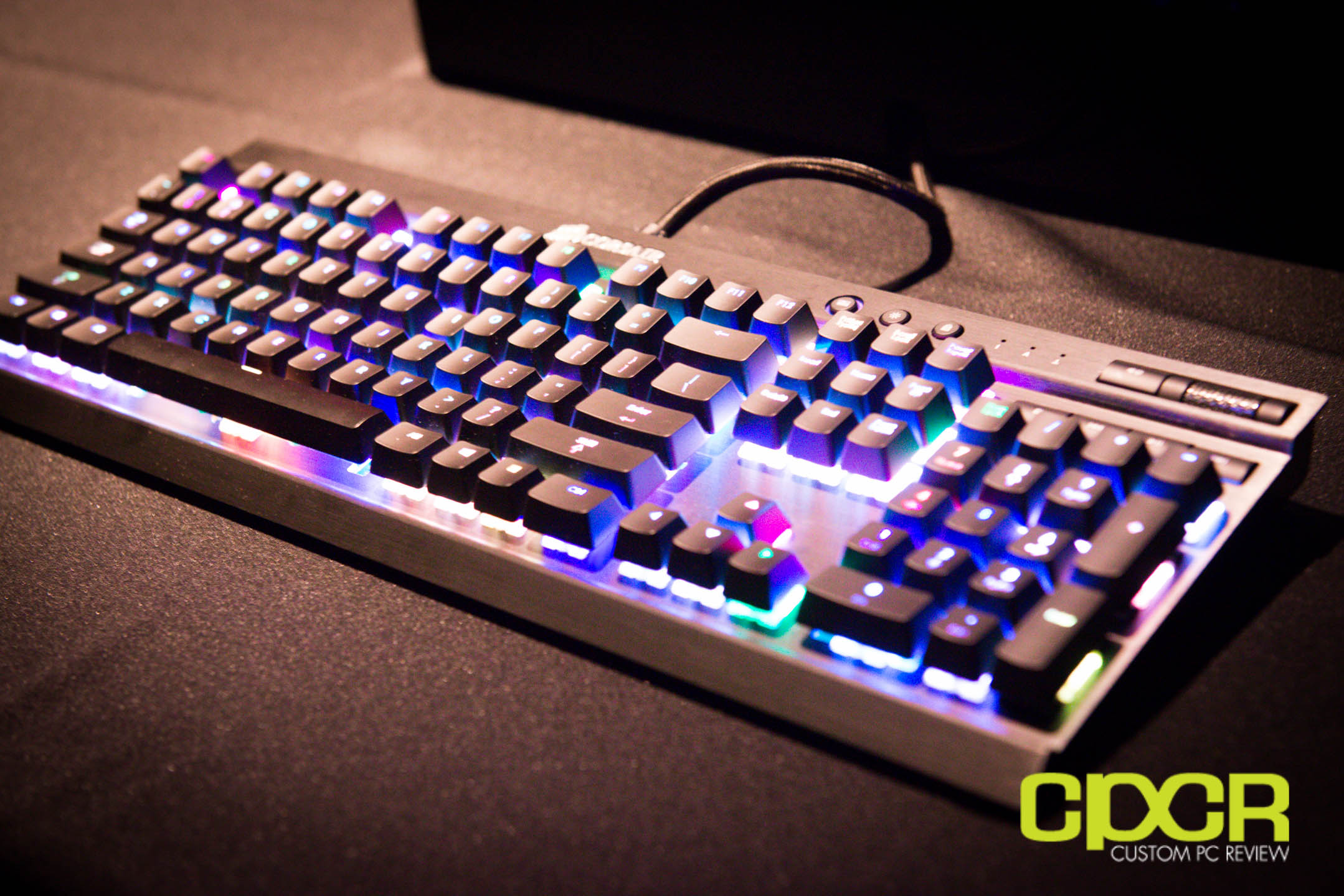 CES 2014: Corsair Cherry MX RGB Mechanical Gaming Keyboard