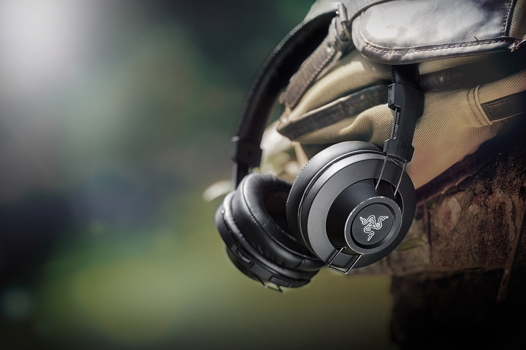 razer-adaro-wireless-headphones