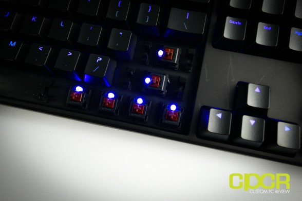 thermaltake-ttesports-poseidon-z-mechanical-gaming-keyboard-custom-pc-review-22
