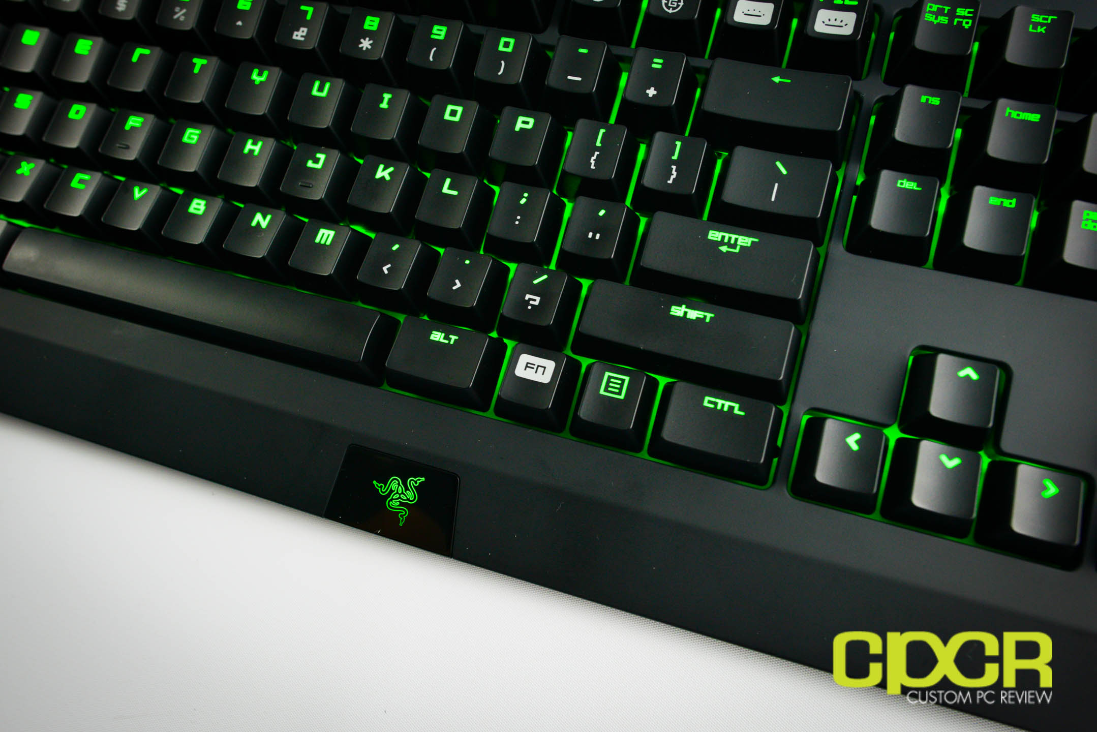 Review: Razer Blackwidow Ultimate 2014 (Razer Green Switches) | Custom PC Review