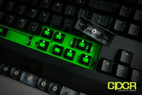 razer-blackwidow-ultimate-2014-mechanical-gaming-keyboard-green-custom-pc-review-24