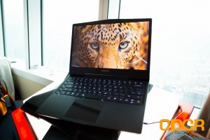 gigabyte-aorus-x3-plus-gaming-notebook-custom-pc-review-14