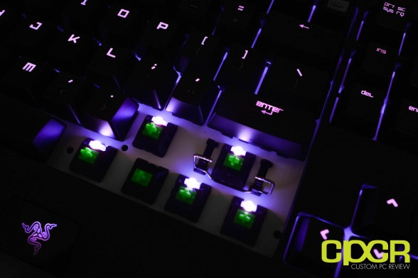 razer-chroma-deathadder-blackwidow-ultimate-kraken-custom-pc-review-52
