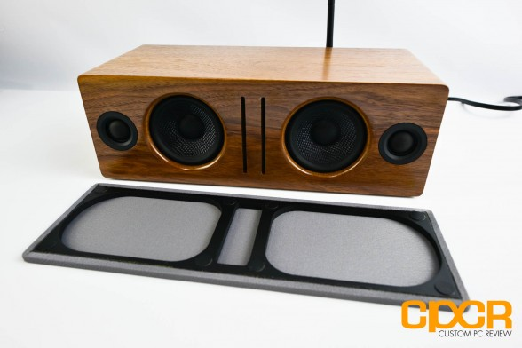 audioengine-b2-bluetooth-speaker-custom-pc-review-12