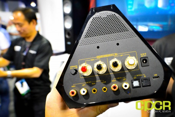 creative-sound-blaster-x7-ces-2015-custom-pc-review-7