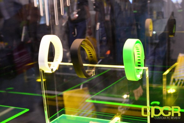 razer-nabu-x-smartband-ces-2015-custom-pc-review-1