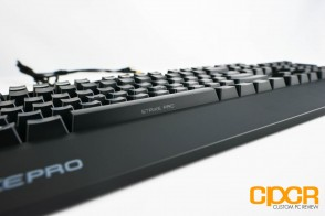ozone-strike-pro-backlit-mechanical-gaming-keyboard-custom-pc-review-5