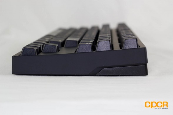 cooler-master-novatouch-tkl-custom-pc-review-7