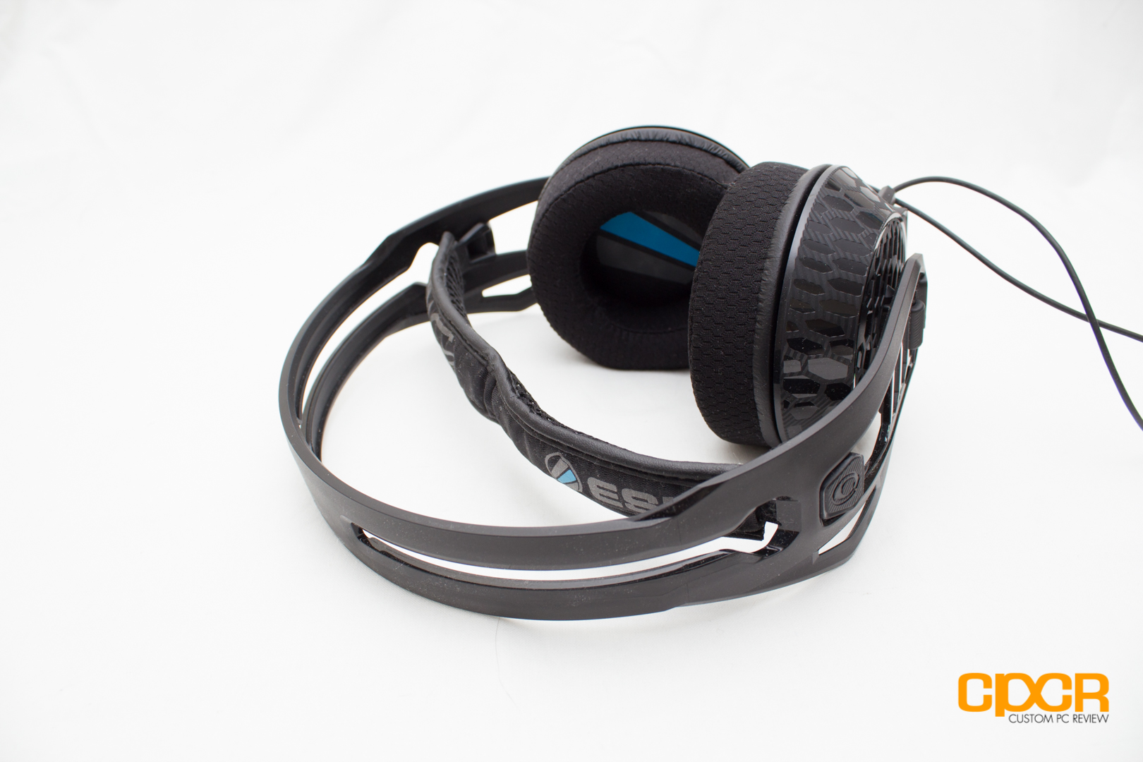 Review: Plantronics RIG 500E Gaming Headset   Custom PC Review