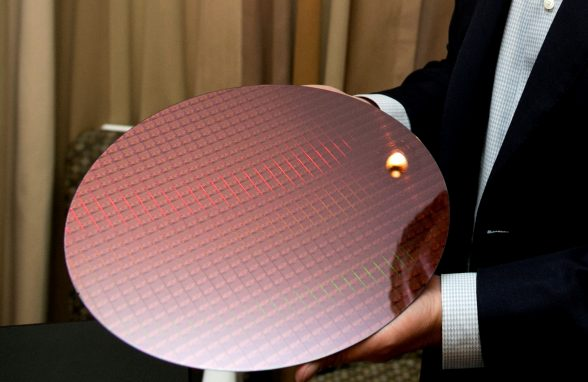 intel-kaby-lake-7th-generation-core-processor-wafer-image