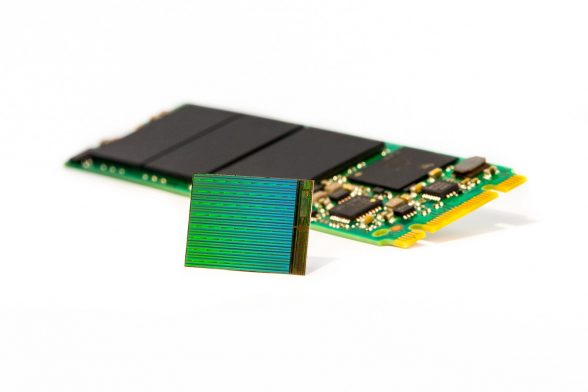micron-3d-nand-die-wafer-stock-image-2