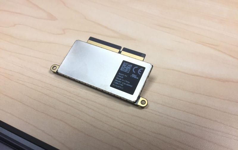 apple-2016-macbook-pro-13-inch-teardown-ssd-6