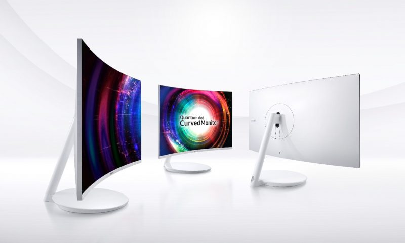 samsung ch711 quantum dot curved monitor press image