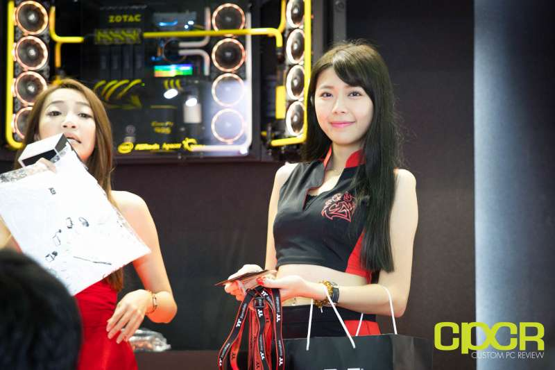 computex booth babes 2017 custom pc review 0017