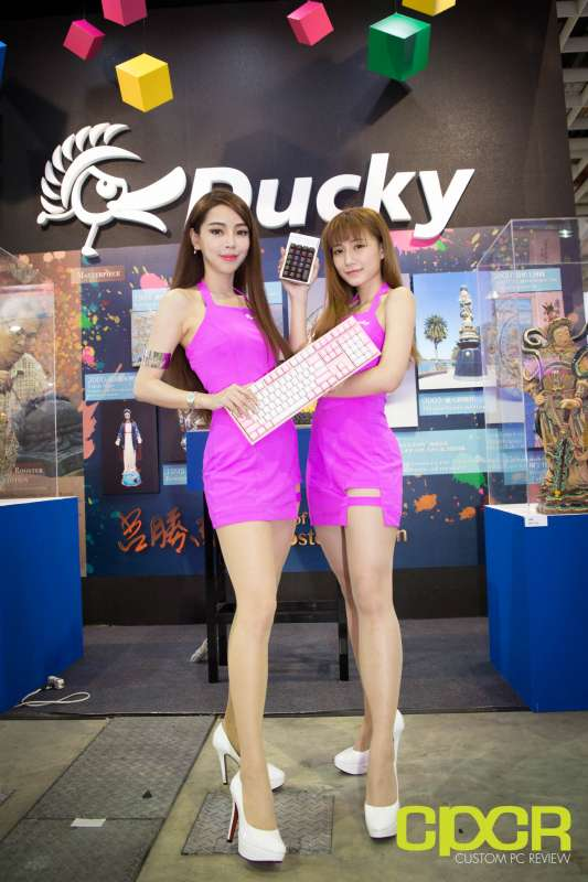 computex booth babes 2017 custom pc review 0023