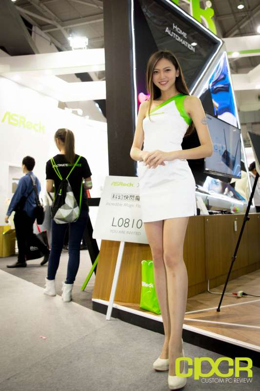 computex booth babes 2017 custom pc review 0034