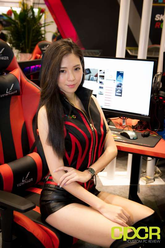 computex booth babes 2017 custom pc review 9644