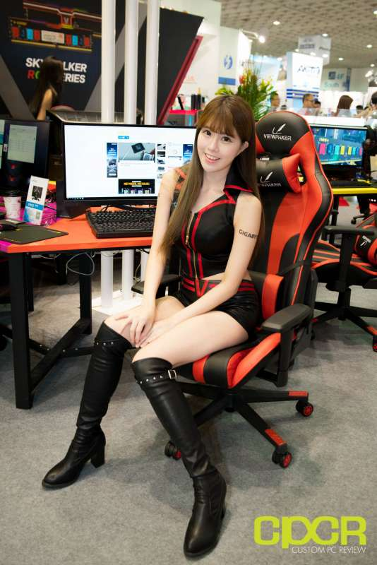 computex booth babes 2017 custom pc review 9647