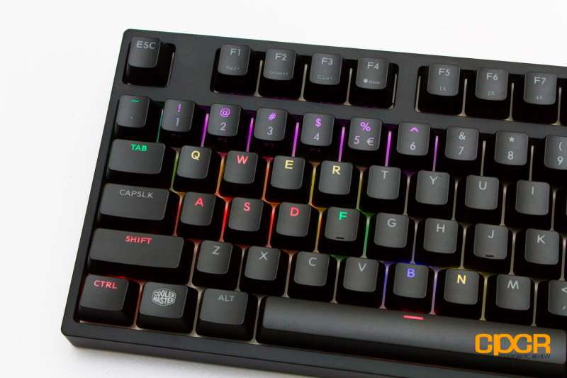 cooler master master keys pbt custom pc review 14