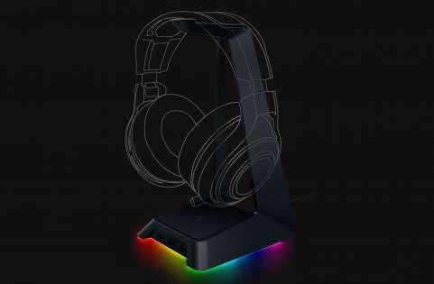 Razer Announces Base Station Chroma Headset Stand Custom