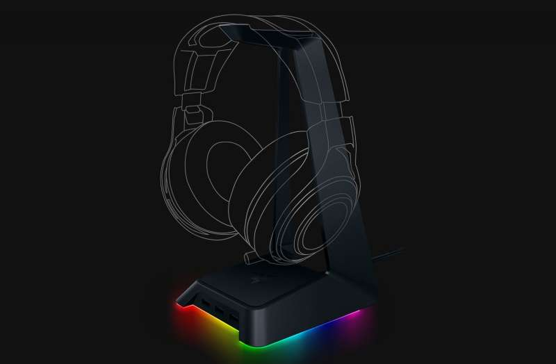 razer base station chroma press image 3